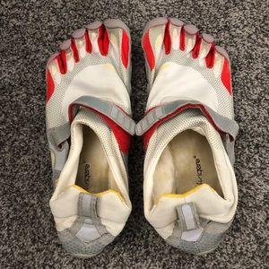 Men's vibram five fingers shoes